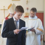 Konfirmasjon i St Michael - 14 sept 2014  - konfirmant og menighet fremsier trosbekjennelsen - 2